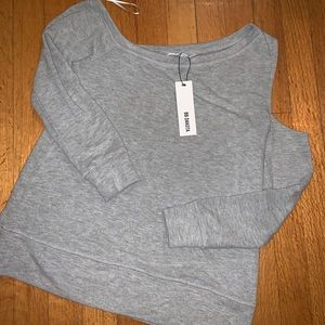 BNWT BB Dakota sweatshirt